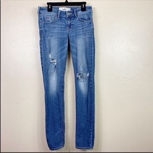 Hollister distressed skinny jeans
